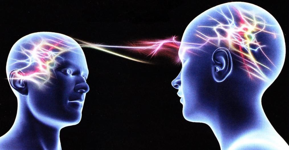 Neuronas Espejo y Comunicación No Verbal.